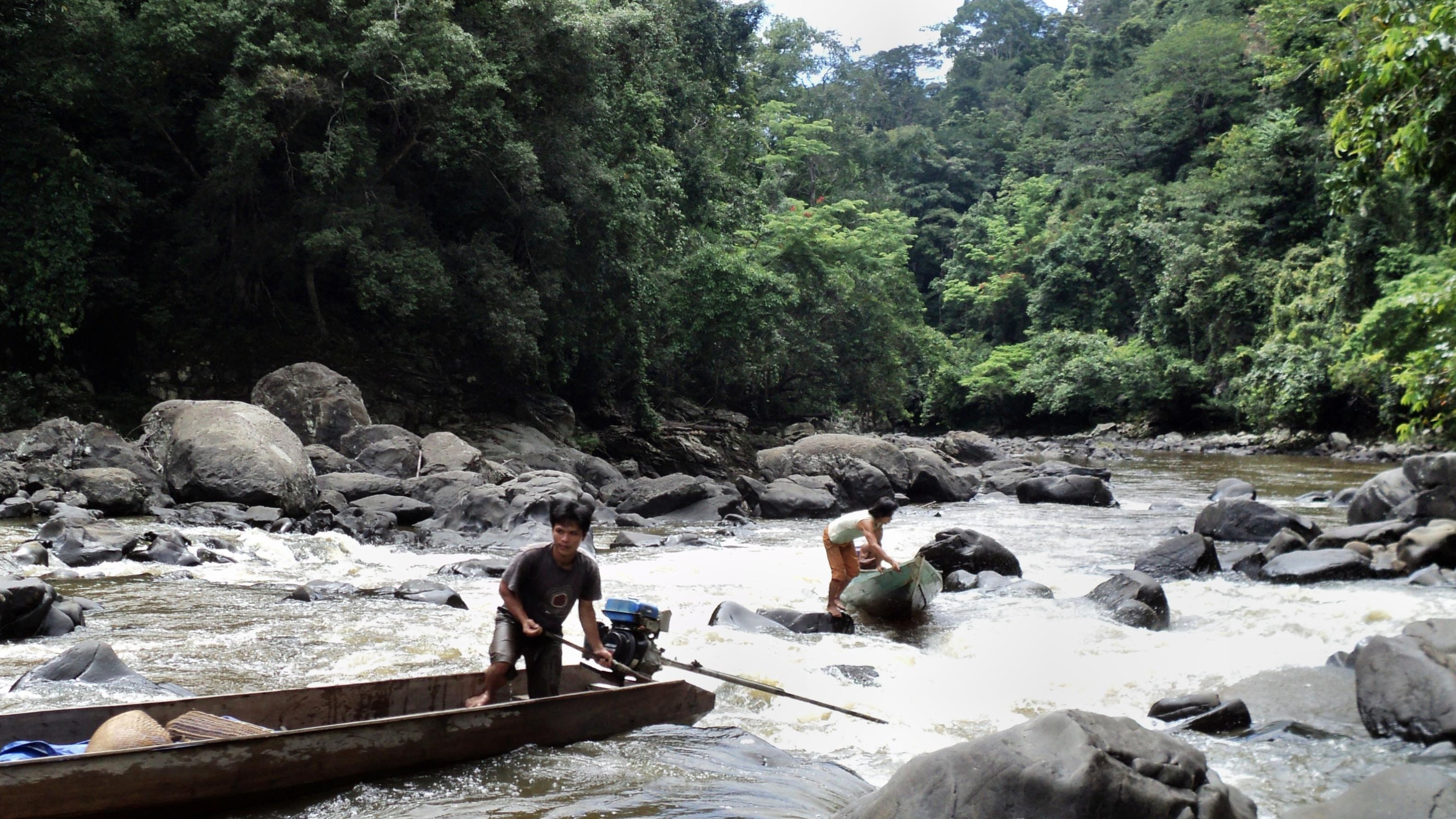 kayan river, kayan mentarang park, reserve, indonesia, borneo, kalimantan, trek, jungle, hike, trip, tour, journey, adventure, safari, forest, wildlife, rain forest, dayak, culture